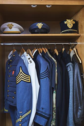 Uniform「Clothing made for combat」:スマホ壁紙(10)