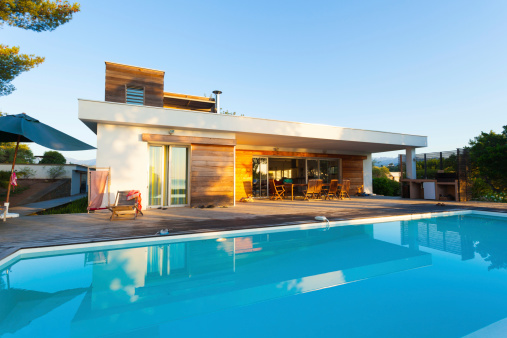 Sea「Luxury Villa with Swimming Pool」:スマホ壁紙(15)