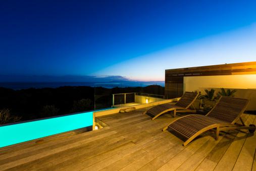 Chalet「Luxury Villa Pool Deck at Dusk」:スマホ壁紙(19)