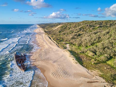 Queensland「Wreck of the Maheno,Fraser Island,Worlds largest sand Island,Queensland,Australia」:スマホ壁紙(5)