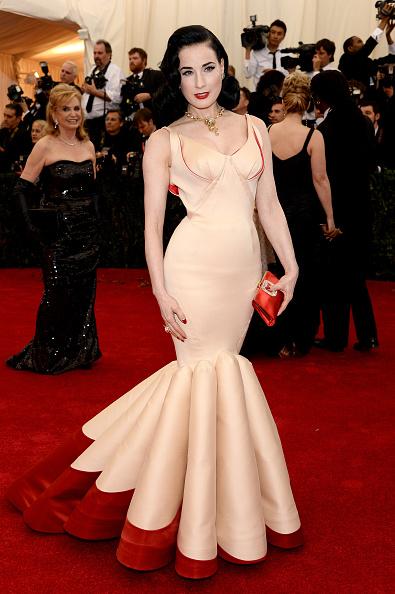 "2014「""Charles James: Beyond Fashion"" Costume Institute Gala - Arrivals」:写真・画像(14)[壁紙.com]"