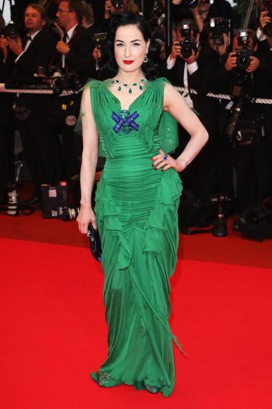 Clutch Bag「Cannes 2008: 'Changeling' - Premiere」:写真・画像(5)[壁紙.com]