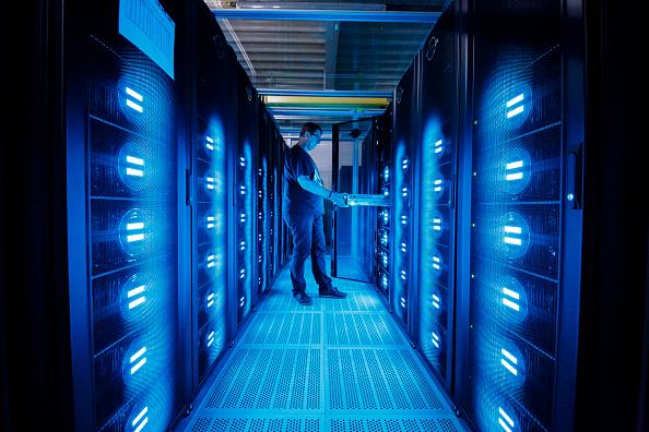 Technology「DKRZ Supercomputer Crunches Climate Data」:写真・画像(7)[壁紙.com]