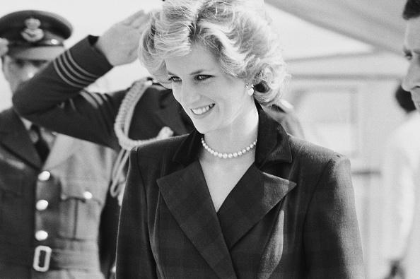 Necklace「Diana, Princess of Wales」:写真・画像(19)[壁紙.com]