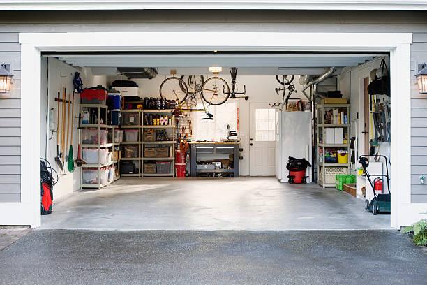 Garage:スマホ壁紙(壁紙.com)