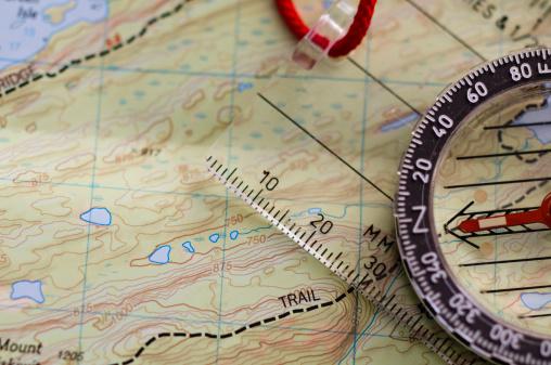 Footpath「Compass on Map」:スマホ壁紙(8)