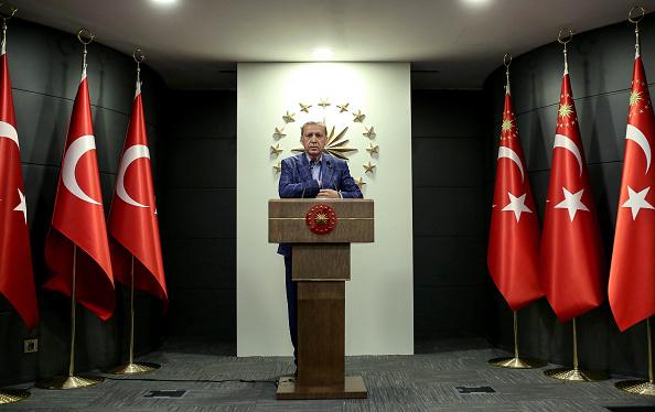 Stringer「Turkey Holds A Referendum On Significant Constitutional Amendments」:写真・画像(5)[壁紙.com]