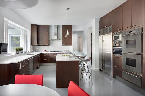 Domestic Kitchen「Modern Kitchen with appliances, Chicago IL」:スマホ壁紙(15)