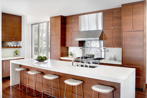 Kitchen Island「Modern Kitchen with Stainless Appliances」:スマホ壁紙(12)
