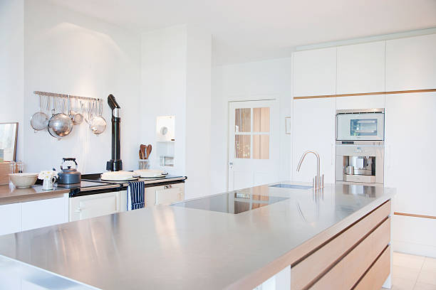 Modern kitchen with stainless steel counters:スマホ壁紙(壁紙.com)