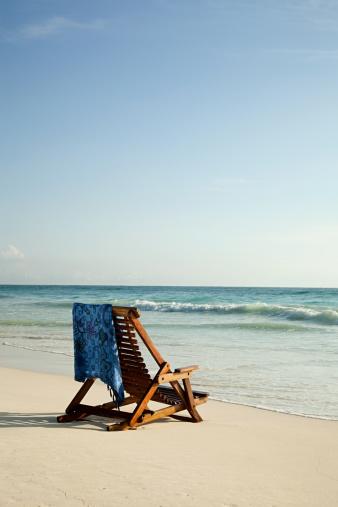 Deck Chair「Deck chair on sandy beach at water's edge」:スマホ壁紙(13)