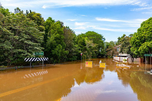 Extreme Weather「Flood Sign Under Water in the Lismore CBD」:スマホ壁紙(19)