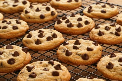 Rack「Freshly Baked Chocolate Chip Cookies」:スマホ壁紙(2)