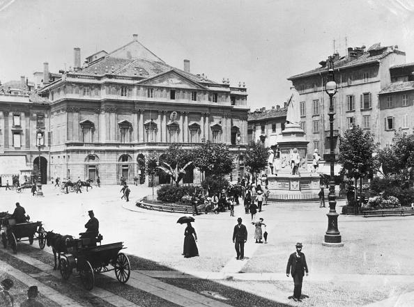 Black And White「La Scala」:写真・画像(3)[壁紙.com]