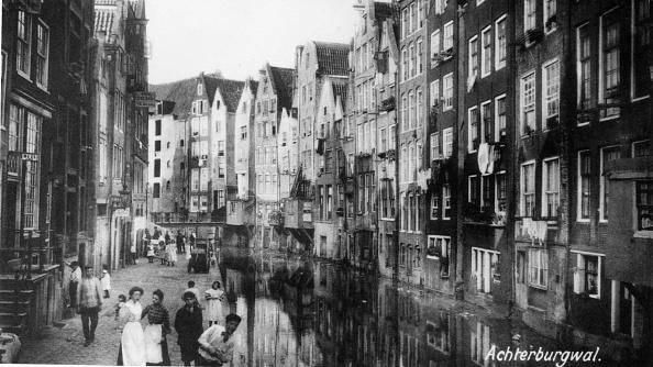 Netherlands「Canalside Houses」:写真・画像(2)[壁紙.com]