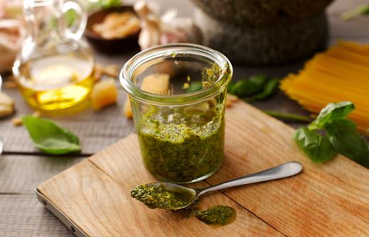 Nut - Food「Preserving jar of homemade basil pesto」:スマホ壁紙(18)