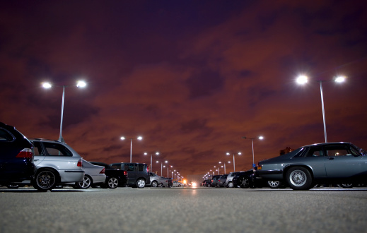 Parking Lot「Cars in parking lot at night (surface level)」:スマホ壁紙(5)