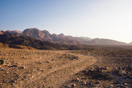 Dirt Road「Jordan, Dana Biosphere Reserve, Wadi Feynan at sunset」:スマホ壁紙(13)