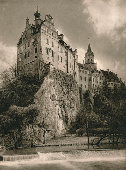 Overcast「Schloß Sigmaringen, 1931」:写真・画像(6)[壁紙.com]