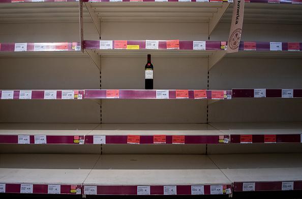 Red Wine「Coronavirus Focus: Panic Buying」:写真・画像(0)[壁紙.com]
