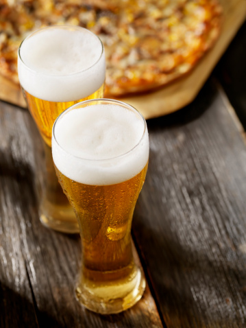 Crunchy「Beer and Pizza」:スマホ壁紙(11)