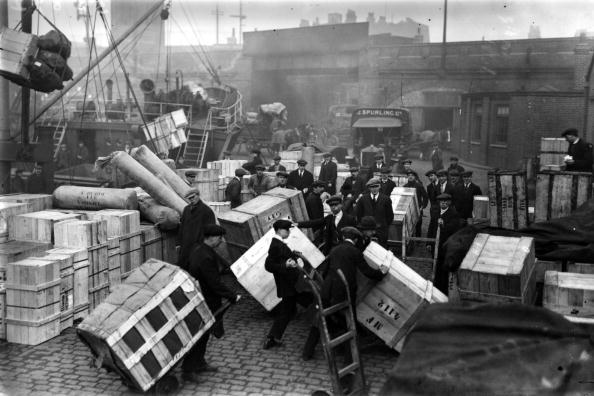 Loading「London Docks」:写真・画像(16)[壁紙.com]