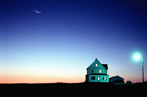 Agricultural Building「Farmhouse, sunset (Digital Composite)」:スマホ壁紙(5)