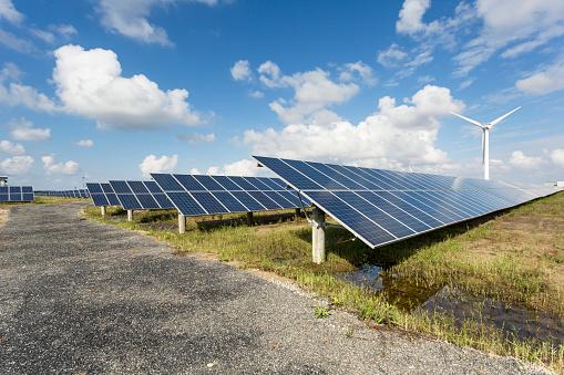 Power Equipment「solar energy panels and wind turbines」:スマホ壁紙(3)