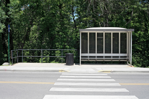 Bus Stop「Bus shelter with crosswalk and forest」:スマホ壁紙(10)