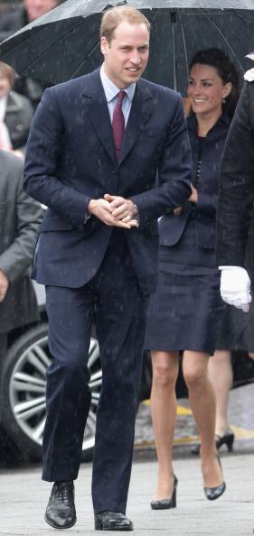 Royal Wedding of Prince William and Catherine Middleton「Prince William And Kate Middleton Visit Darwen」:写真・画像(8)[壁紙.com]