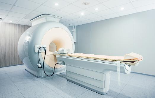 Medical Exam「MRI scanner at a hospital/」:スマホ壁紙(12)