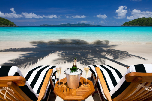 Celebration「recliners with champagne at a tropical Caribbean beach」:スマホ壁紙(4)
