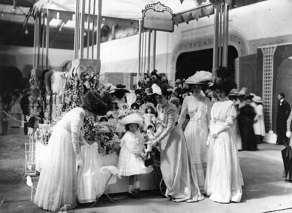 1900-1909「Midsummer Fair」:写真・画像(11)[壁紙.com]
