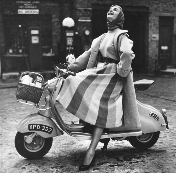 Skirt「Shopping Scooter」:写真・画像(0)[壁紙.com]