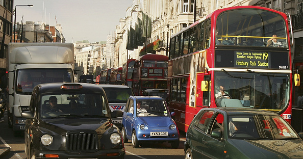 Traffic「Alternative Fuel Vehicle Sales Rise With The Petrol Price」:写真・画像(10)[壁紙.com]