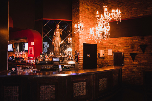 Bar Counter「Shot of a Nightclub with no one inside」:スマホ壁紙(19)