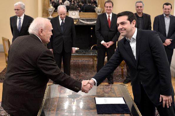 E「Alexis Tsipras Sworn In As Prime Minister Of Greece」:写真・画像(5)[壁紙.com]