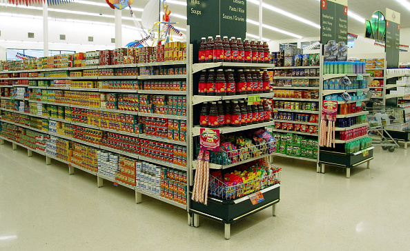 Supermarket「Various canned food and produce on the shelves at」:写真・画像(7)[壁紙.com]