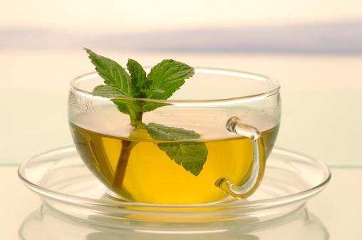 Mint Leaf - Culinary「Cup of peppermint tea, close-up」:スマホ壁紙(7)