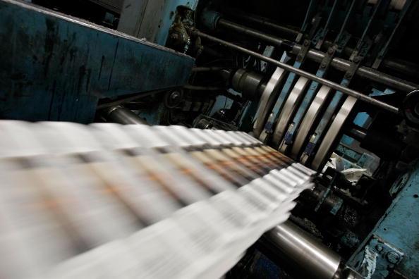 Paper「Dwindling Newspaper Sales Echo Through Economy」:写真・画像(0)[壁紙.com]