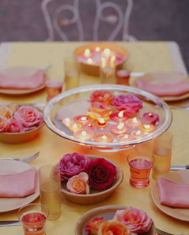 Floating Candle「Roses and floating candles in bowls,」:スマホ壁紙(4)