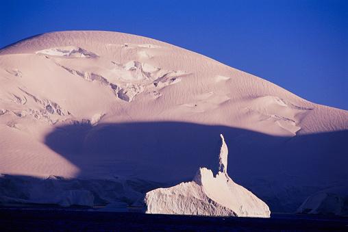 Pack Ice「Iceberg by Brabant Island」:スマホ壁紙(17)
