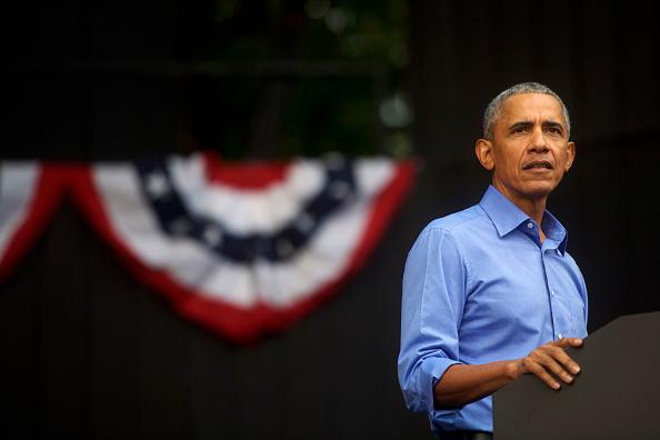 Barack Obama「Barack Obama Attends Campaign Rally For Pennsylvania Democrats In Philadelphia」:写真・画像(9)[壁紙.com]