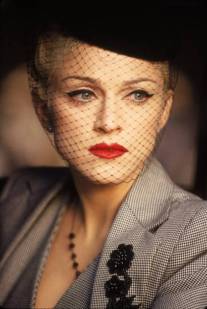 Madonna During 'Take A Bow' Video Shoot:ニュース(壁紙.com)