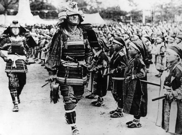 In A Row「Samurai Pageant」:写真・画像(9)[壁紙.com]