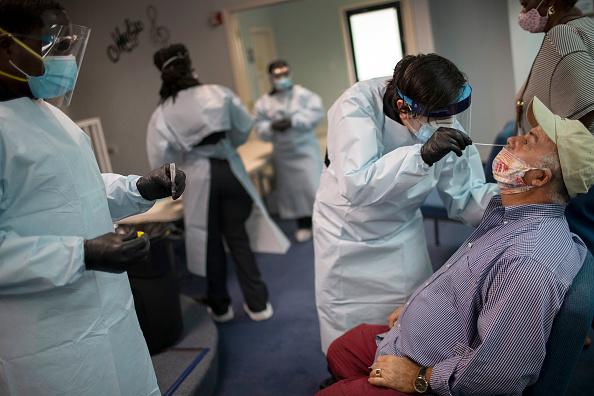 Medical Test「Coronavirus Testing Continues In Florida」:写真・画像(18)[壁紙.com]