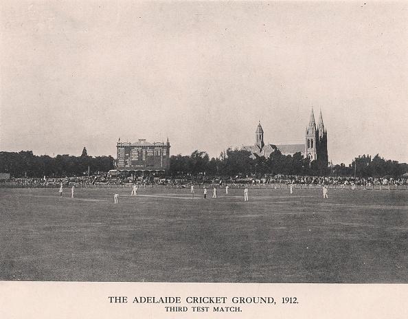 Fielder「The Adelaide Cricket Ground, Third Test Match between Australia and England, 1912」:写真・画像(12)[壁紙.com]
