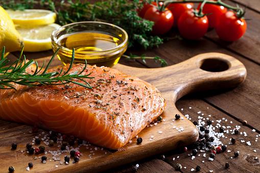 Spice「Raw salmon steak」:スマホ壁紙(6)