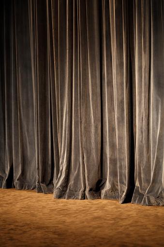 Velvet「Old theater curtain background」:スマホ壁紙(4)