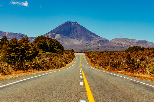 Volcanic Landscape「Mount Ngauruhoe New Zealand」:スマホ壁紙(6)